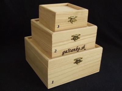 Krabička štvorec s 3D vrchnákom veľ.2