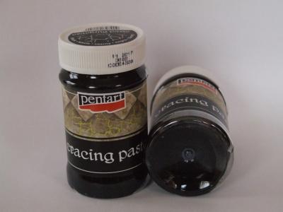 Praskajúca pasta čierna