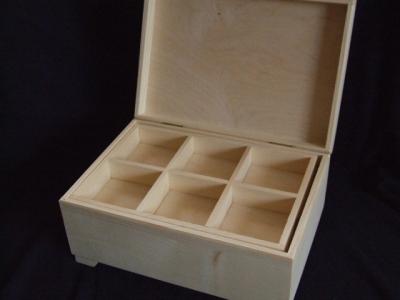 Kufrík s vyberateľnými priečinkami 2-poschodový