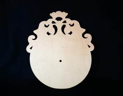 Hodiny kruh s ornamentom