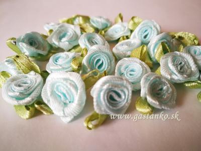 Saténové ružičky 25ks svetlomodré