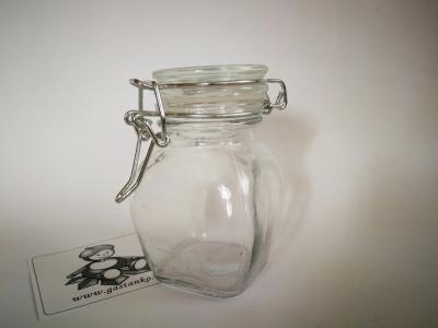 Sklenená fľaška s patentným uzáverom 4-stenná
