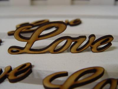 Nápis Love 8cm