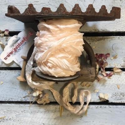 Krčená vintage stuha broskyňová